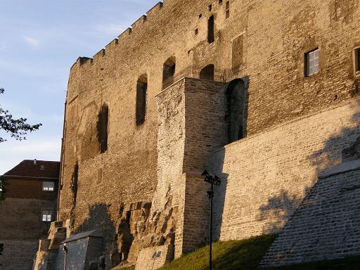 トームペア城壁