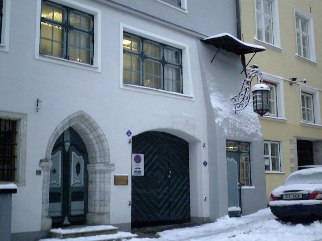 Snowed Door