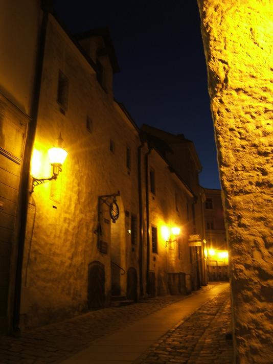 旧市庁舎裏通り