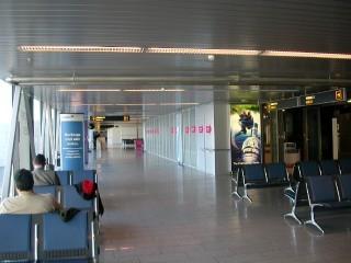 タリン空港2 - 出発ロビー